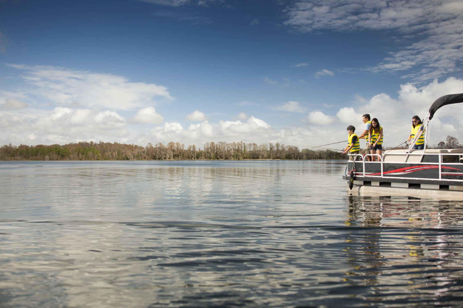 6-RBFF-Family-Fishing-Boat-129