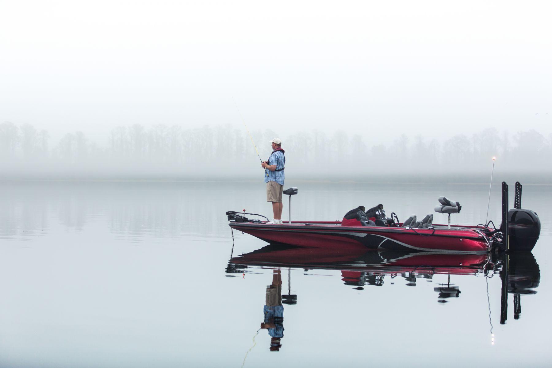 27-RBFF-Man-Fishing-124
